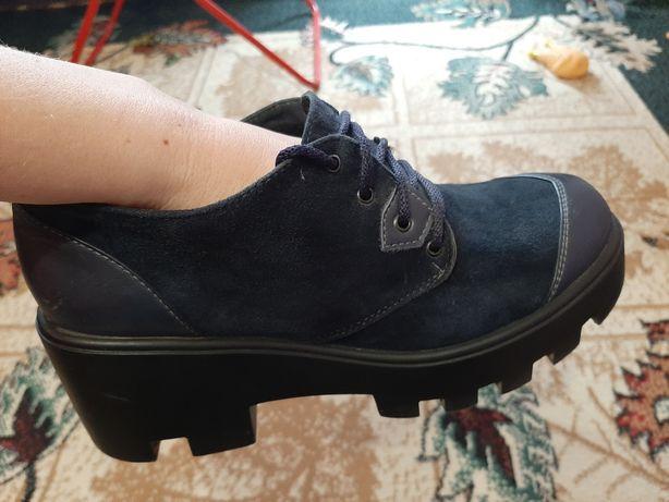 Женские замшевые  туфли(осень-весна)