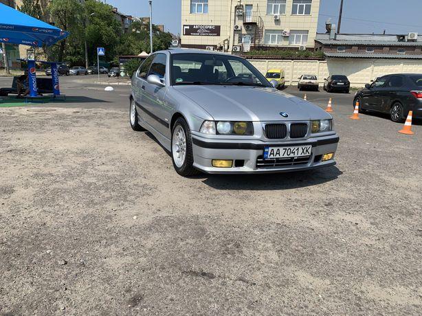 BMW E36 318Ti Compact