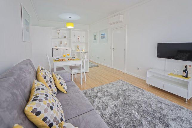 Luxuoso apartamento de férias- Porto (Cedofeita-Centro)