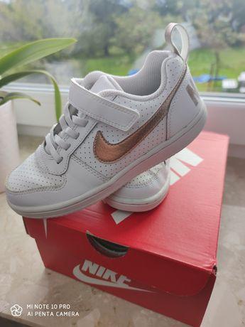 Buty sportowe Nike rozmiar 31,5