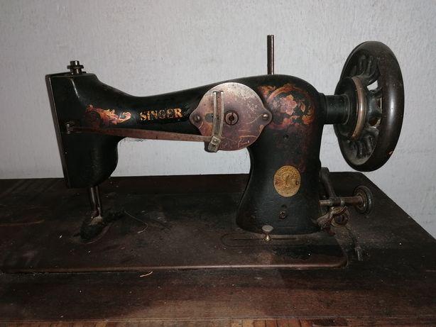 Maszyna do szycia SINGER bez stolika