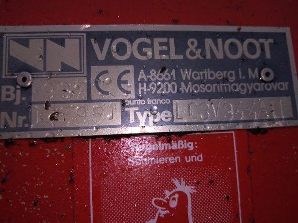 Pług 4 skibowy obrotowy Vogel&Noot