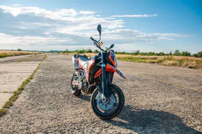 KTM Super Moto-950