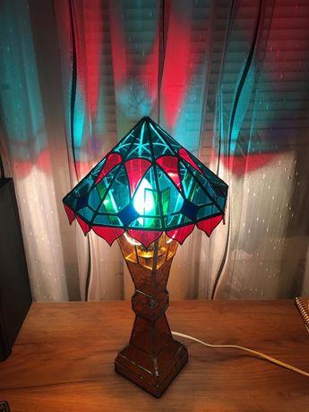 Настольный светильник из стекла