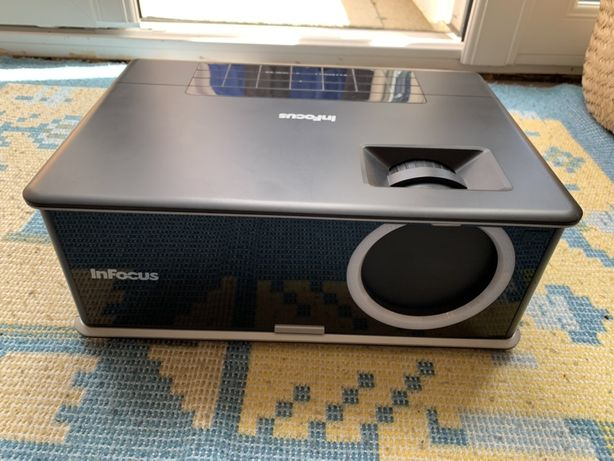 Projector InFocus IN3114 (vga, hdmi, DP, usb, rede, PC 3D ready)
