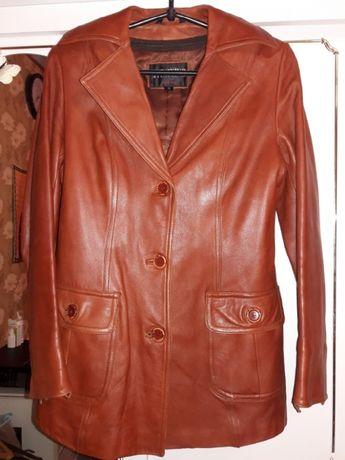 Курточка пиджак кожаная, рыжая демисезон
