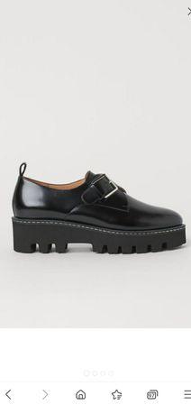 Кожаные туфли-лоферы 39р .Англия .H&m.