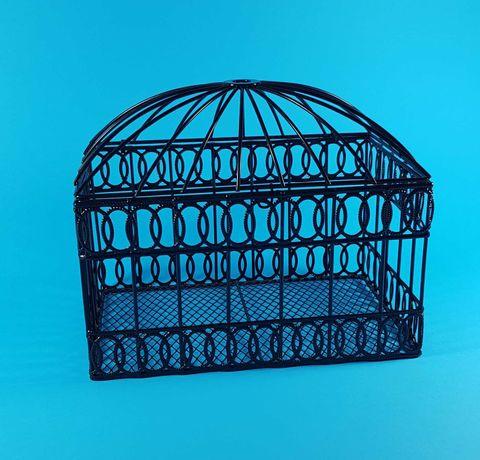 Metalowa klatka, skrzynia