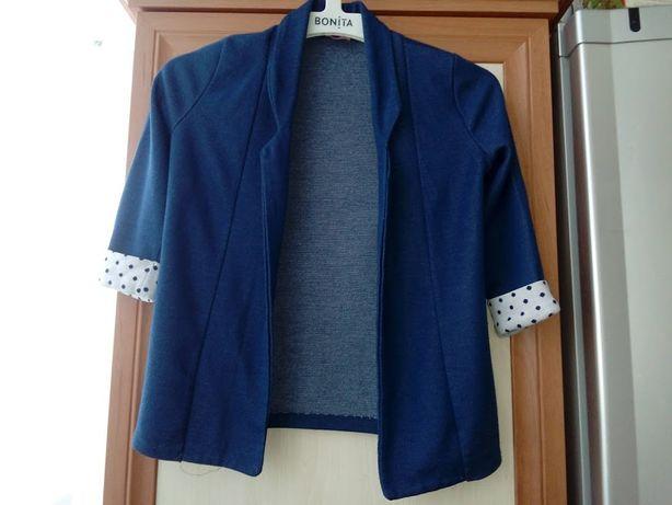 Пиджак трикотажный р. 140