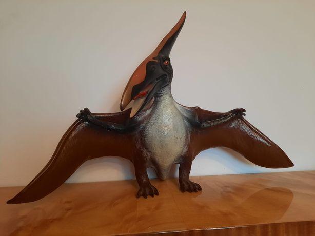 Dinosaur pterodaktyl