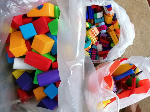Продам кубики, конструктор