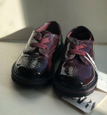 Дитяче взуття  туфельки/zara 20 розмір!