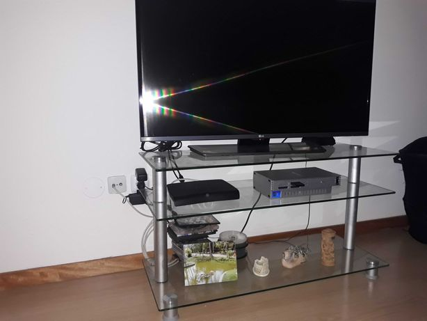 Vendo móvel de TV de vidro: só 25 eur