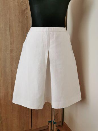 Biała spódnica Reserved r. 42