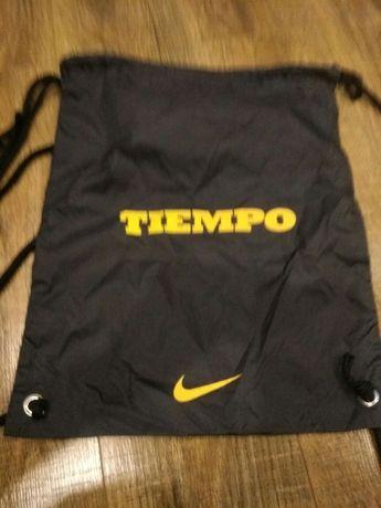 Чехол-торба в виде рюкзака для переноски спортивной обуви, спорт.формы