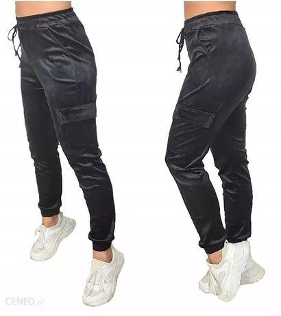 Bojówki welurowe z lampasem hit modne spodnie dresy welurki