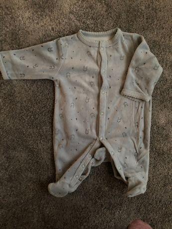 Babygrow veludo bebé