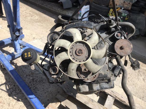 Двигун мотор форд транзіт 2.4 тд