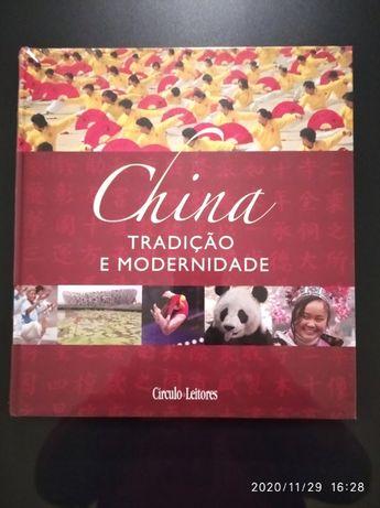 """Livro """"China"""" do Círculo de Leitores"""