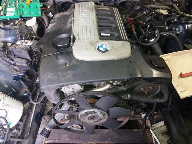 Мотор М57 BMW двигун Е34 Е38 Е39 ГБЦ на УАЗ ВОЛГУ дизель 3.0л