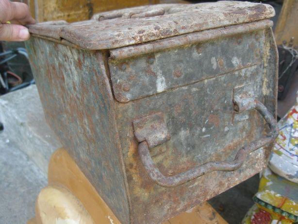 Skrzynka niemiecka niemcy Patronenkiste feldgrau używana w WH SS LW