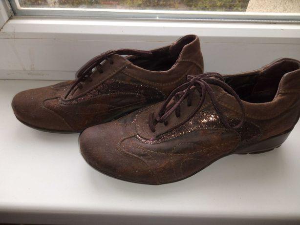 Ботиночки, туфли женские 37 размер