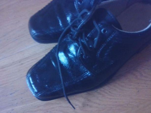 buty,pantofle roz.34 i 37