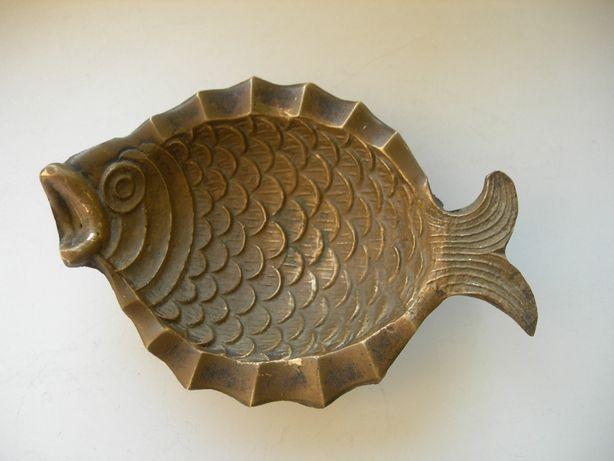 Пепельница, на ножках, Рыбка, бронза, Германия