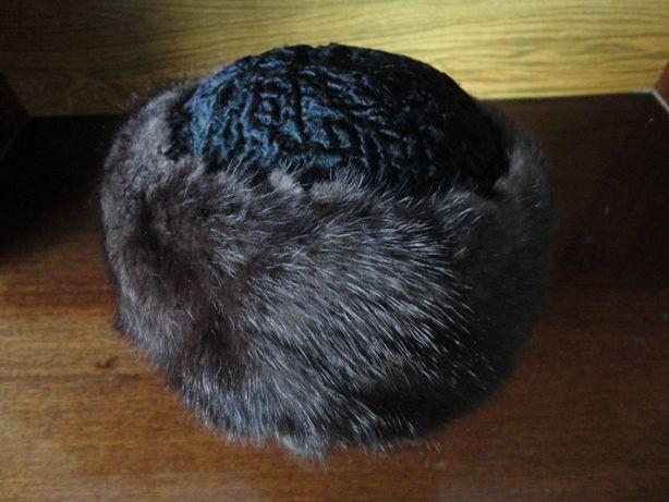 Новая женская меховая шапка (норка + каракуль)