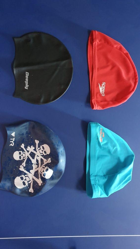 Toucas de piscina em diversos materiais