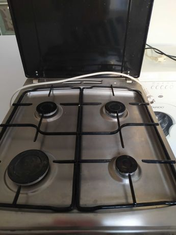 kuchenka elektryczno gazowa