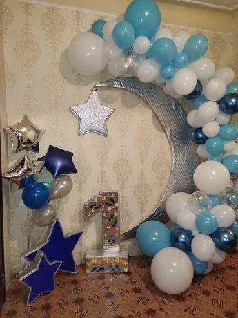 Фотозона , арка из шариков