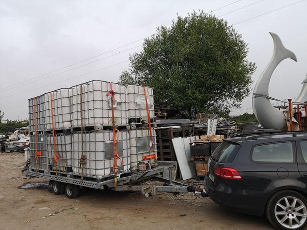 Transportamos veículos e outras cargas