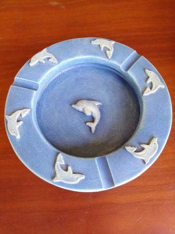 Cinzeiro golfinhos