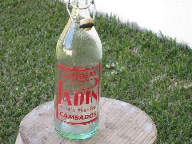 garrafas em vidro antigas