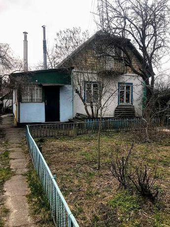 Продам дом возле озера на Пекарне