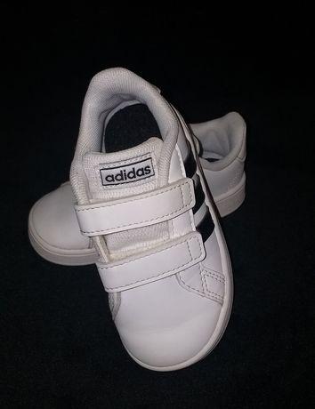 Oryginalne buty Adidas rozm.23