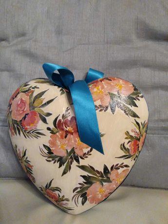 Serce wypełnione słodyczami, prezent ślub, Dzień Matki