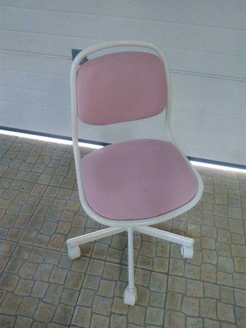 Cadeira estudo para menina