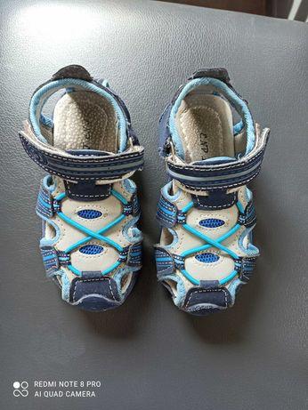 Sandałki rozmiar 25