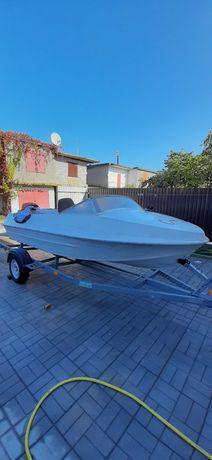 Продам лодку крым + мотор +лафет