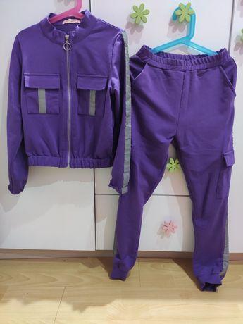 Dres dziewczęcy bluza+ spodnie 128/134