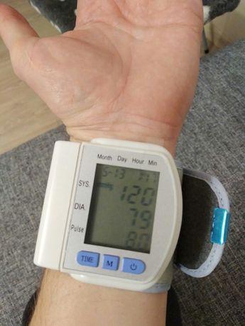 Тонометр на зап'ястя 60 вимірювань в пам'яті, індикатор аритмії
