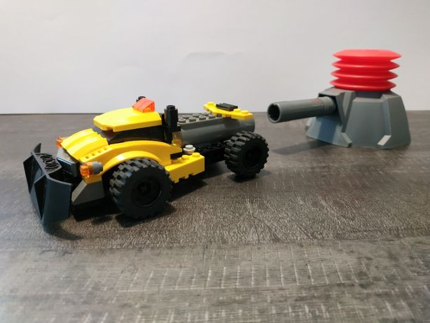 LEGO Racers 7968 Siłacz Samochód z wyrzutnią