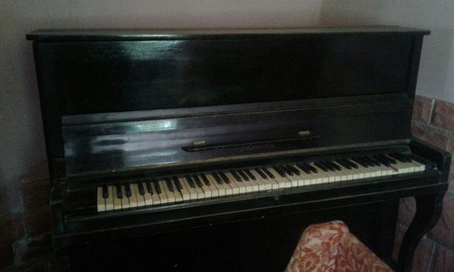 Продається піаніно в хорошому стані