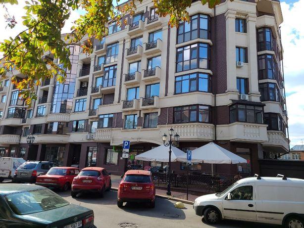 Центр, ул. Стритенская, площ. 101,2 м2, АО, без паркинга за $180 000