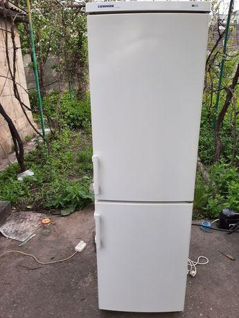 Холодильник  LIBHERR