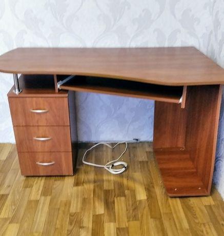 Стол компьютерный, компьютерный стол