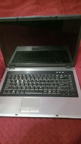 Ноутбук Maxdata под восстановление или зч