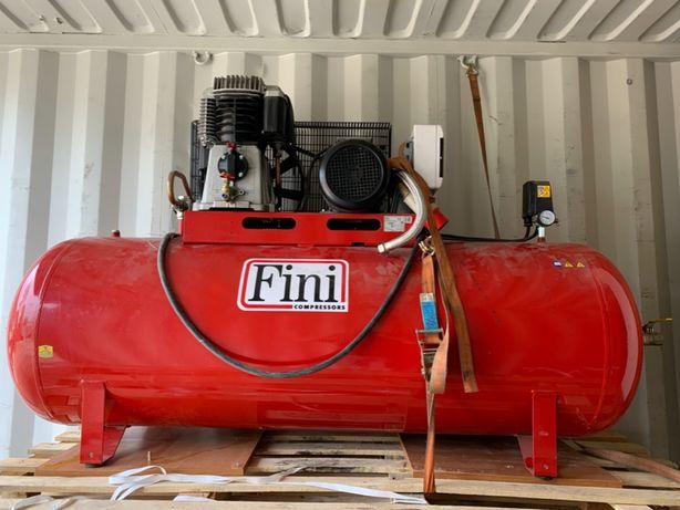 kompresor FINI 500l 7,5HP i osuszacz ziębniczy DRYPOINT RA35